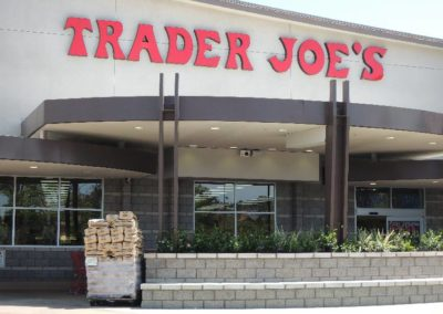 Trader Joes Exterior